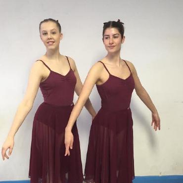girls-maroon-dresses-370-square